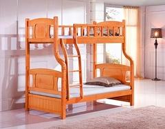 婴儿床陪伴他度过童年 怎么选购婴儿床很重要