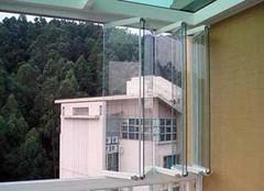 超时尚无框阳台窗的亮点介绍 让阳台尽显高大上