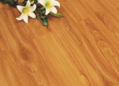如何辨别金丝柚木地板的真假 六方面轻松判断