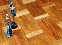怎样给地板打蜡 最专业的做法
