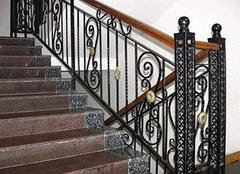 选购铁艺楼梯扶手的方案有哪些 了解注意事项很重要