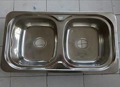 厨房水槽材质哪些种类好 选择要慎重