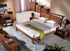 实木床换色的步骤 换个色彩换个心情