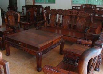 如何鉴别酸枝木家具的质量好坏 方法分享给你