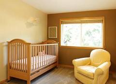 如何为孩子选购舒适的婴儿床 带来安全舒适的成长空间