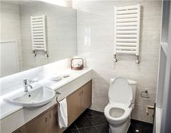 卫生间隔断材料选择技巧 还你整洁卫生间