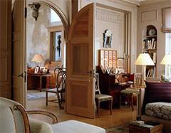 英伦风格别墅特点主要有哪些 不仅有庄重与神秘