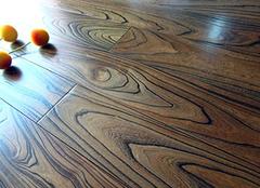 实木地板的正确挑选方式 优质生活要有技巧