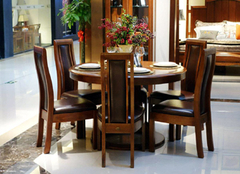 实木餐桌如何搭配餐桌布 档次都不一样了