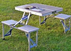 折叠桌有什么优点 让你爱不释手