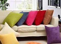 沙发靠垫的搭配技巧介绍 快来了解吧