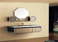 玻璃浴室柜的造型有哪些 多种选择满足不同需求