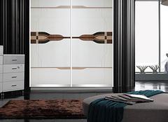 选购推拉门衣柜有哪些要点 质量与实用并驾齐驱