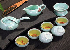 青瓷茶具的保养方式有哪些 釉色持久清透的秘诀