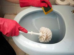卫生间坐便器彻底清洁难 坐便器日常清洁都要注意什么
