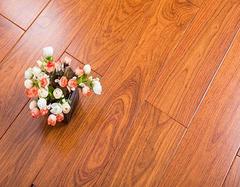 木地板保养 到底是打蜡还还是用精油好?