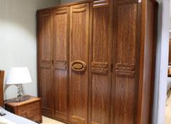 实木衣柜怎么选才对 让你的衣服有个合适的家