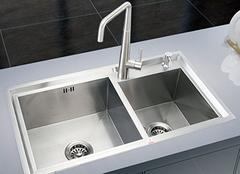 厨房水槽选购诀窍 让厨房更高端