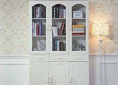 为家居选购实用书柜 为阅读带来舒适环境