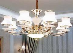 客厅吊灯品牌选择哪种好 客厅就要这么高大上