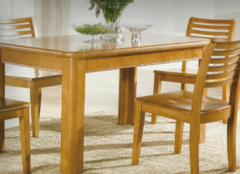 高档折叠餐桌好在哪些方面 小户型家庭必备的品质之选