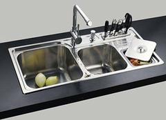 厨房水槽挑选的实用原则 看了100%都说好