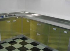 不锈钢橱柜好在哪些方面 让你家厨房更闪亮