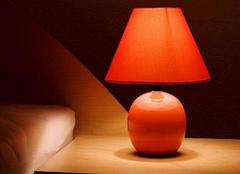 床头灯选购重点注意 光照与造型都重要