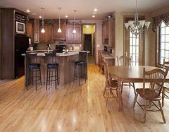 地板磨损大 怎么避免木地板消耗过快