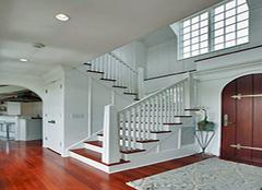 楼梯保养有妙招 以下要点要谨记