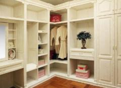 选择整体衣柜要看什么 有哪些方面呢