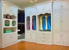 保养整体衣柜有哪些要点 让衣服的家持久如新