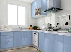 厨房中的橱柜应该如何清理 这些技巧可以带来便捷