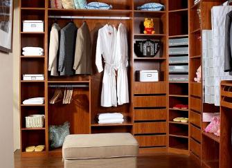 步入式衣柜的使用要注意什么 有哪些方面呢