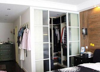 卧室衣帽间设计方式 打造属于衣物收纳小天地