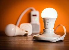 智能灯泡选购的小秘诀 打造家居更智能