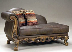 日常保养仿皮沙发的方法 打造健康舒适居室
