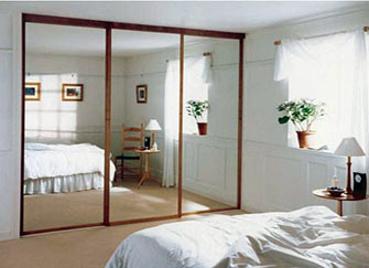 镜子对着床要怎么化解好呢 风水大师来解答