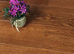 实木地板保养要打蜡吗 装出浪漫感