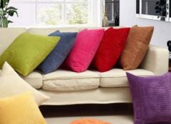 沙发靠垫怎么选才对 让沙发舒适又美丽