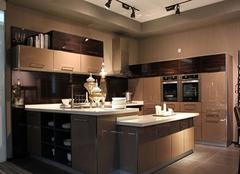 保养开放式厨房的四个小诀窍 让厨房更时尚