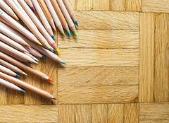 木地板保养的常识介绍 地板保养马虎不得