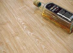 复合地板的甲醛如何去除