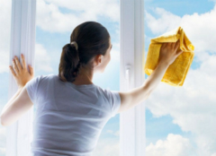 纱窗怎么清洗才对 让灰尘一扫而光