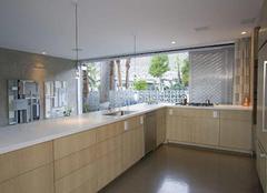 厨房装修验收方面总结 墙面地面顶面一个不能落下