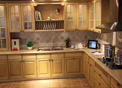 石英石橱柜台面使用注意要点 让橱柜经久耐用