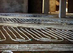地暖地板用哪种材质好  不用再纠结了