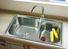 厨房水槽漏水怎么解决比较好 老司机来教你
