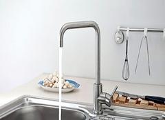 如何选择厨房水龙头比较好 让厨房更实用