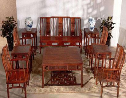 怎样鉴别红木家具的真假 购买红木家具前必看